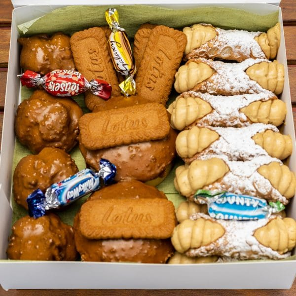 Biscoff Cannoli Dessert Gift Box